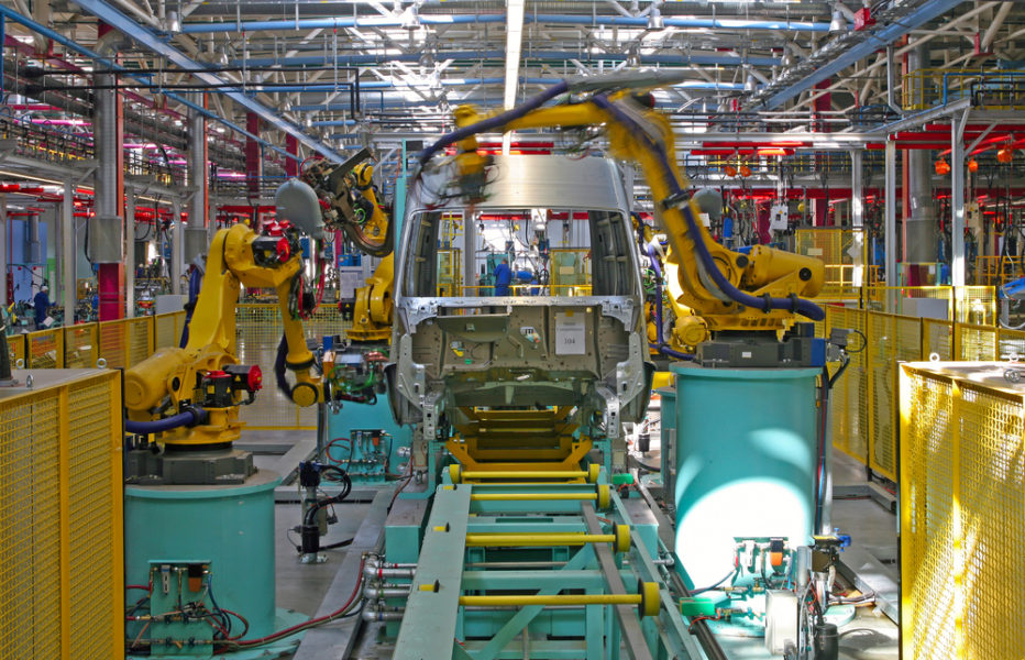 reshoring projects in manufacturing